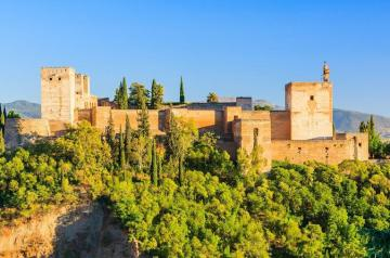 Granada, Alhambra and Nazaries Palaces from Málaga, Torremolinos y Fuegirola